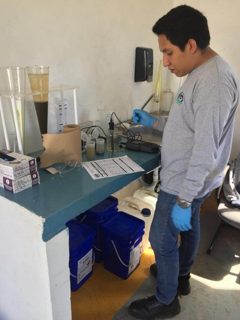 laboratorio de tratamiento de agua