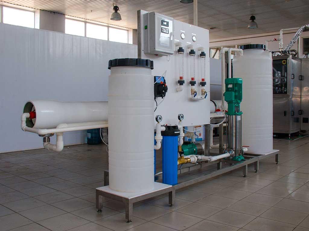 Qué es la filtración por membrana y cómo se aprovecha en el tratamiento del agua